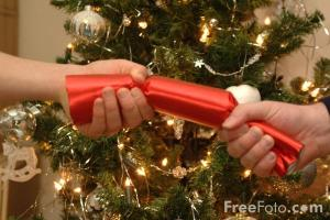90_04_35-christmas-cracker_web